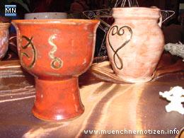 Keramik mit Zeitsymbolen nach Neuner von Claudia Bindl