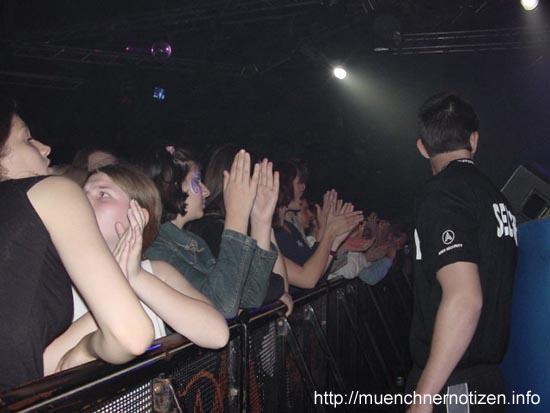 Publikum beim Outlandish-Konzert in Bratislava