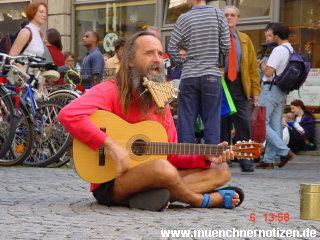 Straßenmusikant in München | Foto: DerGloeckel.eu